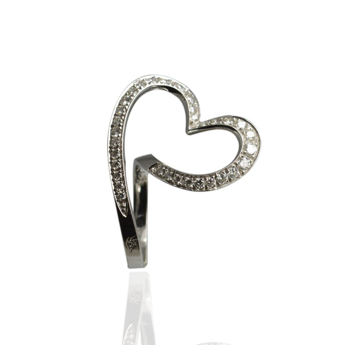 Bague-coeur-diamants